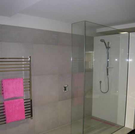 rectangulat-outlet-wetroom